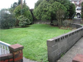 Photo 2: 1020 BALSAM Street: White Rock House for sale (South Surrey White Rock)  : MLS®# F1432452