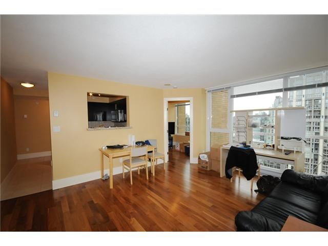 Photo 4: Photos: 2309 1188 Richards Street in Vancouver: Yaletown Condo for sale (Vancouver West)  : MLS®# V934649