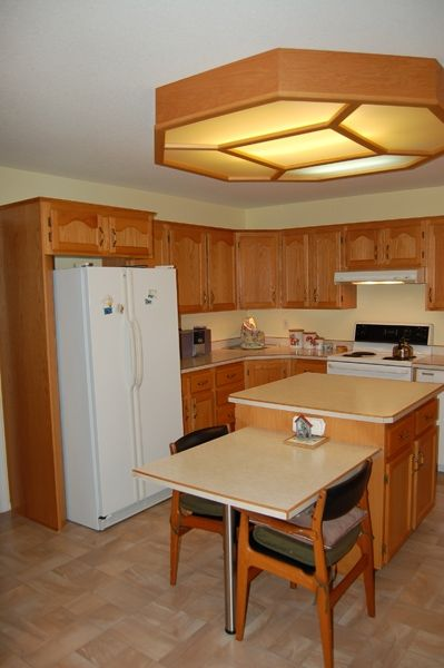 Photo 9: Photos: 204 Hummingbird Lane in Penticton: North Residential Detached for sale : MLS®# 112275