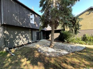 Photo 2: 10 McNiven Place in Regina: Hillsdale Residential for sale : MLS®# SK867900