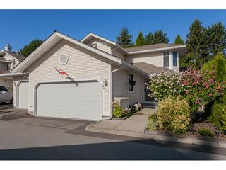 "Photo 21: 29 8737 212 Street in Langley: Walnut Grove Townhouse for sale in ""Chartwell Green"" : MLS®# R2482959"