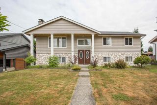 Photo 1: 809 RUNNYMEDE Avenue in Coquitlam: Coquitlam West House for sale : MLS®# R2600920
