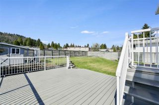 """Photo 16: 919 DUNDONALD Drive in Port Moody: Glenayre House for sale in """"Glenayre"""" : MLS®# R2353817"""