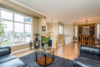 Photo 2: 12074 201B STREET in Maple Ridge: Northwest Maple Ridge House for sale : MLS®# R2253424