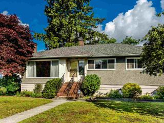"""Photo 1: 8633 12TH Avenue in Burnaby: The Crest House for sale in """"The Crest"""" (Burnaby East)  : MLS®# R2582631"""