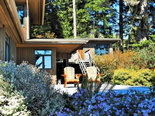 Photo 5: 2892 Fishboat Bay Rd in : Sk French Beach House for sale (Sooke)  : MLS®# 863163