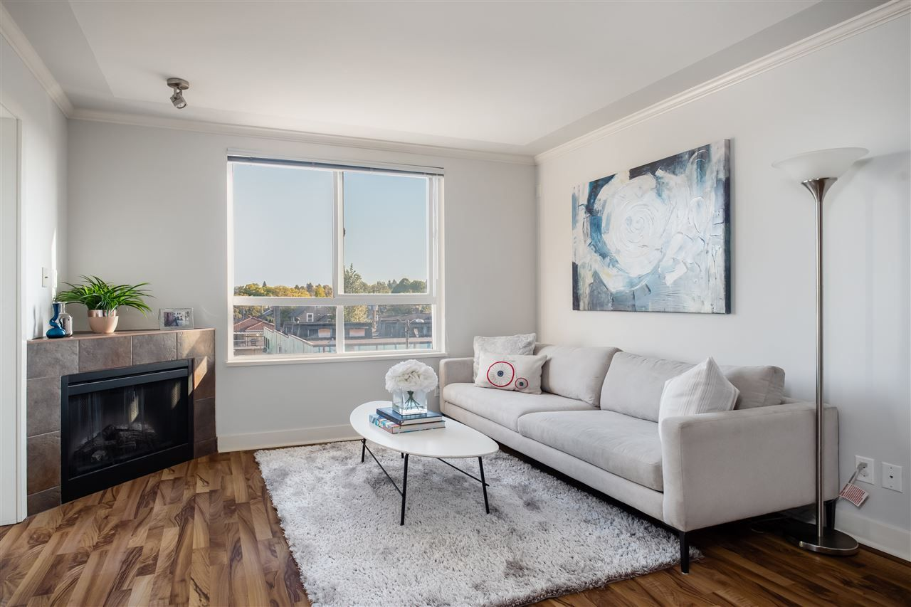 """Main Photo: PH6 - 2265 E. Hastings St, in Vancouver: Hastings Condo for sale in """"Hastings Gate"""" (Vancouver East)  : MLS®# R2404045"""