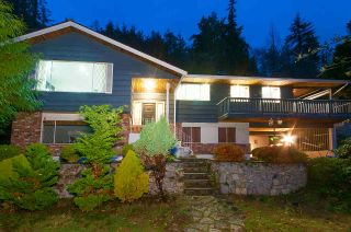 Photo 3: 3115 BENBOW Road in West Vancouver: Westmount WV House for sale : MLS®# R2547707