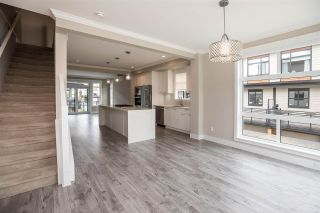 """Photo 10: 94 16488 64 Avenue in Surrey: Cloverdale BC Townhouse for sale in """"Harvest"""" (Cloverdale)  : MLS®# R2576907"""
