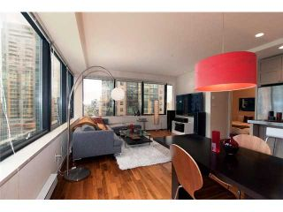 """Photo 1: 1409 1333 W GEORGIA Street in Vancouver: Coal Harbour Condo for sale in """"THE QUBE"""" (Vancouver West)  : MLS®# V888854"""