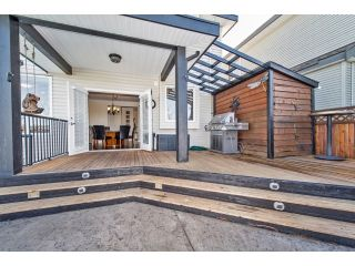 """Photo 4: 6593 186A Street in Surrey: Cloverdale BC House for sale in """"HILLCREST"""" (Cloverdale)  : MLS®# F1432832"""