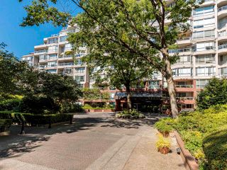 """Photo 36: 608 518 MOBERLY Road in Vancouver: False Creek Condo for sale in """"Newport Quay"""" (Vancouver West)  : MLS®# R2603503"""