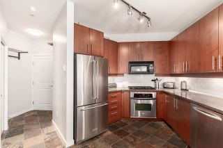 """Photo 4: 214 3651 FOSTER Avenue in Vancouver: Collingwood VE Condo for sale in """"FINALE"""" (Vancouver East)  : MLS®# R2389057"""