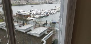 "Photo 7: 1007 1067 MARINASIDE Crescent in Vancouver: Yaletown Condo for sale in ""QUAY WEST"" (Vancouver West)  : MLS®# R2539975"