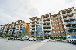 "Photo 4: 114 20673 78 Avenue in Langley: Willoughby Heights Condo for sale in ""The Grayson"" : MLS®# R2538735"