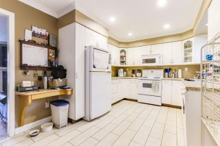 Photo 3: 1205 SECRET Court in Coquitlam: New Horizons House for sale : MLS®# R2437019