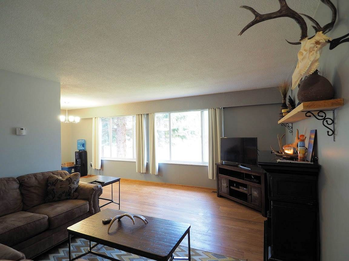 Photo 7: Photos: 6496 GREY Crescent in 100 Mile House: Horse Lake House for sale (100 Mile House (Zone 10))  : MLS®# R2418657