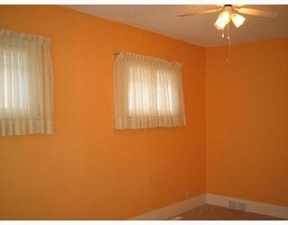 Photo 4: 758 ALFRED Avenue in WINNIPEG: North End Residential for sale (North West Winnipeg)  : MLS®# 2801604