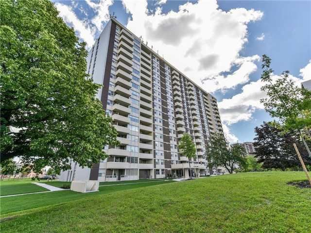 Main Photo: 205 66 Falby Court in Ajax: South East Condo for sale : MLS®# E4204815