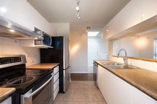 """Photo 6: 12 1386 W 6TH Avenue in Vancouver: Fairview VW Condo for sale in """"NOTTINGHAM"""" (Vancouver West)  : MLS®# R2423397"""