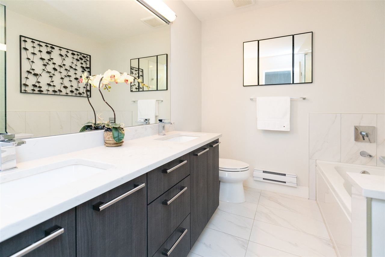 """Photo 13: Photos: 13 16315 23A Avenue in Surrey: Grandview Surrey Townhouse for sale in """"SOHO"""" (South Surrey White Rock)  : MLS®# R2430685"""
