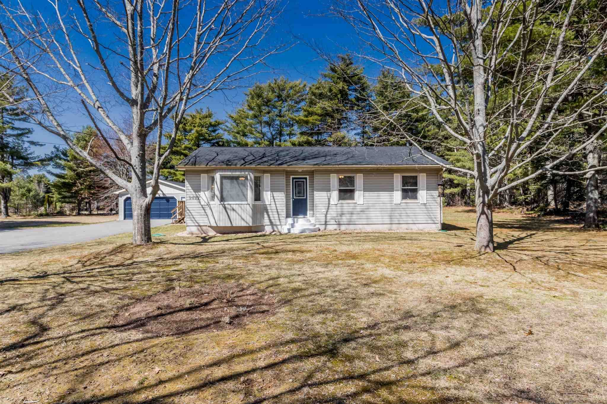 Main Photo: 9497 Highway 201 in South Farmington: 400-Annapolis County Residential for sale (Annapolis Valley)  : MLS®# 202109594