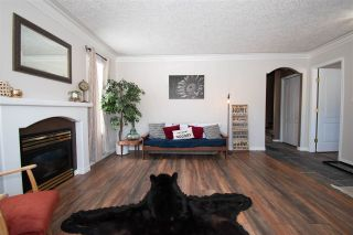 Photo 3: 1455 CHESTNUT Street: Telkwa House for sale (Smithers And Area (Zone 54))  : MLS®# R2439526