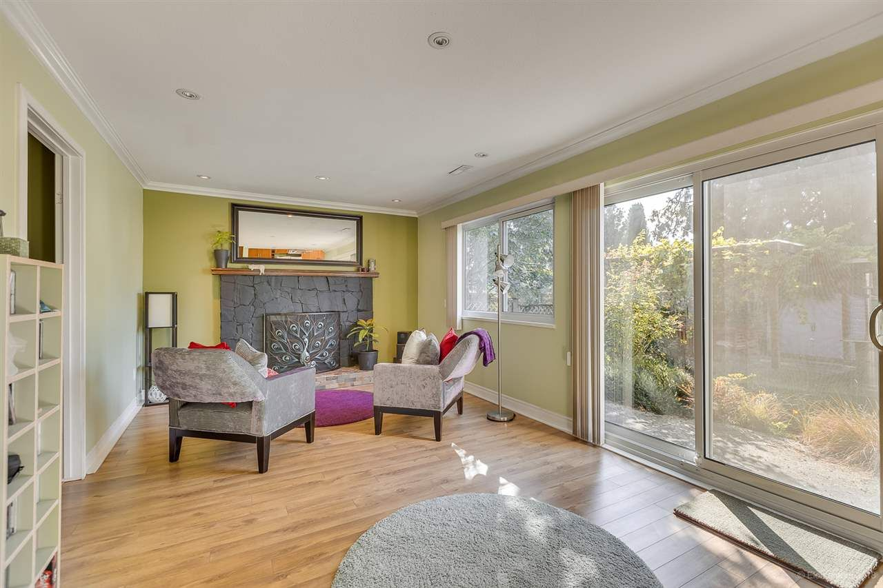 Photo 11: Photos: 11775 212 Street in Maple Ridge: Southwest Maple Ridge House for sale : MLS®# R2410545
