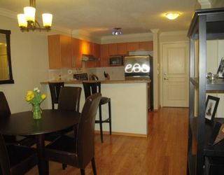 "Photo 3: 106 1150 E 29TH Street in North Vancouver: Lynn Valley Condo for sale in ""HIGHGATE"" : MLS®# V803428"