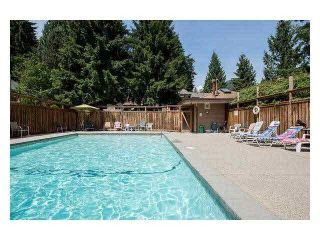 """Photo 19: 4687 HOSKINS Road in North Vancouver: Lynn Valley Townhouse for sale in """"Yorkwood Hills"""" : MLS®# V1130189"""