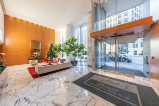 "Photo 4: 2907 1011 W CORDOVA Street in Vancouver: Coal Harbour Condo for sale in ""FAIRMONT PACIFIC RIM"" (Vancouver West)  : MLS®# R2524898"