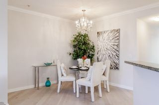 """Photo 6: 2539 EAST Mall in Vancouver: University VW Townhouse for sale in """"LOGAN LANE"""" (Vancouver West)  : MLS®# R2447292"""