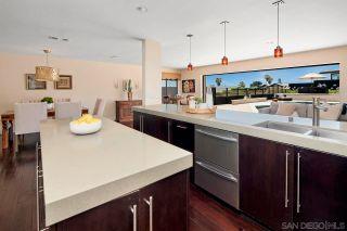 Photo 10: LA JOLLA House for sale : 4 bedrooms : 5510 Moonlight Ln