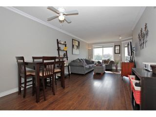 """Photo 9: 403 5759 GLOVER Road in Langley: Langley City Condo for sale in """"COLLEGE COURT"""" : MLS®# F1442596"""