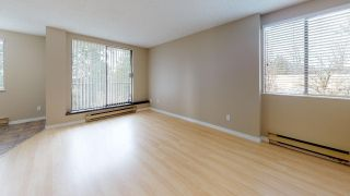 """Photo 7: 403 9595 ERICKSON Drive in Burnaby: Sullivan Heights Condo for sale in """"Cameron Towers"""" (Burnaby North)  : MLS®# R2350988"""