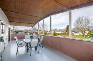 "Photo 8: 46201 GREENWOOD Drive in Chilliwack: Sardis East Vedder Rd House for sale in ""SARDIS PARK"" (Sardis)  : MLS®# R2439338"