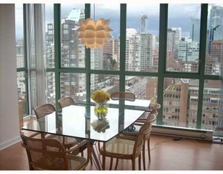 """Photo 6: 2203 907 BEACH Avenue in Vancouver: False Creek North Condo for sale in """"CORAL COURT"""" (Vancouver West)  : MLS®# V697746"""