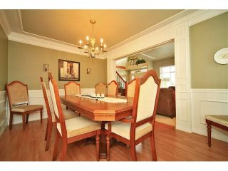 Photo 4: 6484 CLAYTONWOOD Gate in Surrey: Cloverdale BC House for sale (Cloverdale)  : MLS®# F1214656
