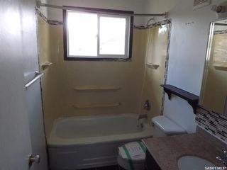 Photo 9: 734 Henry Street in Estevan: Hillside Residential for sale : MLS®# SK828343