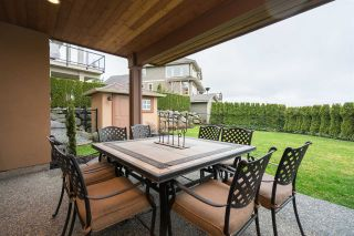 """Photo 17: 35832 TREETOP Drive in Abbotsford: Abbotsford East House for sale in """"Highlands"""" : MLS®# R2236757"""