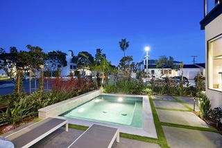 Photo 2: Townhouse for sale : 3 bedrooms : 1734 La Playa in San Diego