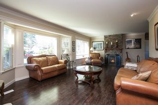 """Photo 4: 23737 46B Avenue in Langley: Salmon River House for sale in """"Strawberry Hills"""" : MLS®# R2048347"""