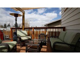 Photo 16: 869 QUEENSLAND Drive SE in CALGARY: Queensland Residential Attached for sale (Calgary)  : MLS®# C3616074