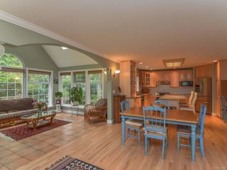 Photo 5: 2407 DESMARAIS PLACE in COURTENAY: CV Courtenay North House for sale (Comox Valley)  : MLS®# 757896