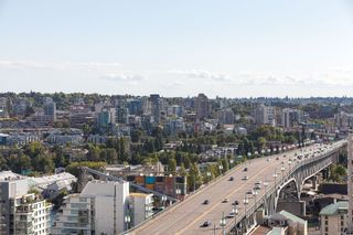 "Photo 18: 2107 1351 CONTINENTAL Street in Vancouver: Downtown VW Condo for sale in ""MADDOX"" (Vancouver West)  : MLS®# V1135882"