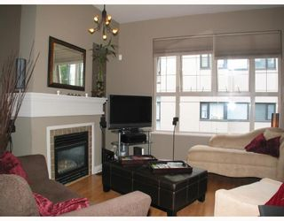 Photo 2: 1403 4655 VALLEY Drive in Vancouver: Quilchena Condo for sale (Vancouver West)  : MLS®# V659724