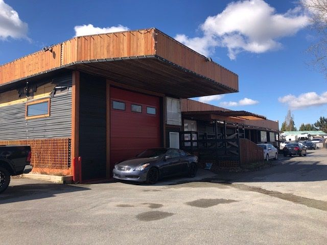 Main Photo: 26899 OLD YALE Road in Langley: Aldergrove Langley Industrial for lease : MLS®# C8037227