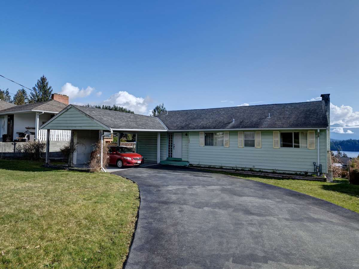 Photo 15: Photos: 1536 THOMPSON Road in Gibsons: Gibsons & Area House for sale (Sunshine Coast)  : MLS®# R2597890