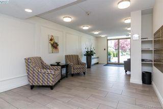 Photo 2: 206 1148 Goodwin St in VICTORIA: OB South Oak Bay Condo for sale (Oak Bay)  : MLS®# 817905