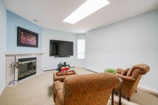 "Photo 20: 15452 VICTORIA Avenue: White Rock House for sale in ""White Rock Hillside"" (South Surrey White Rock)  : MLS®# R2558705"